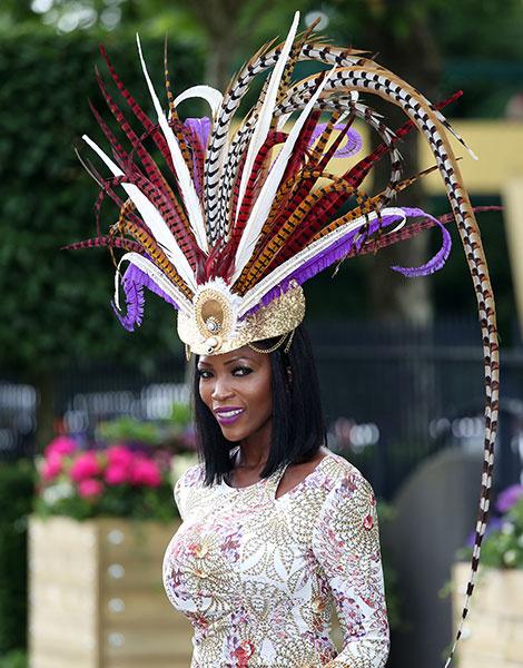 Королевские скачки в Аскоте: парад шляп   галерея [1] фото [7]