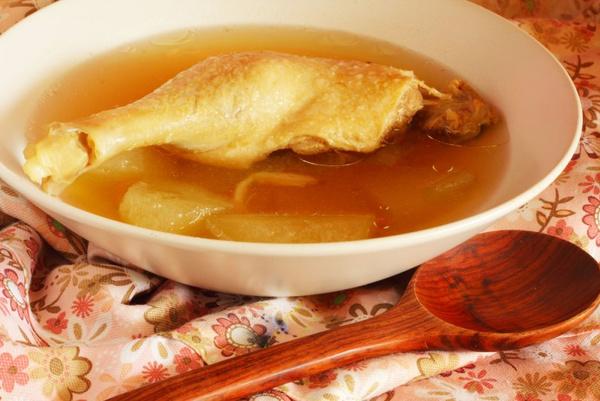 Приготовить суп-солянку из утки