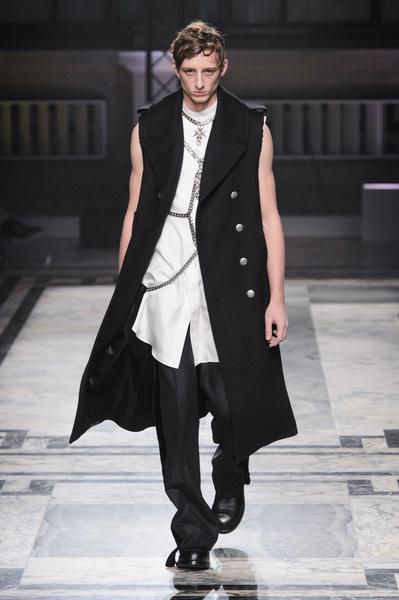Неделя мужской моды в Лондоне: главные показы   галерея [1] фото [6]