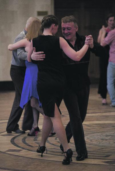 Танго и в Сибири – самый горячий танец.