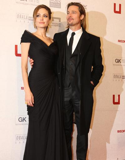 """Анджелина Джоли (Angelina Jolie) и Брэд Питт (Brad Pitt) на премьере фильма """"В краю крови и меда"""" на Берлинском кинофестивале - 2012"""