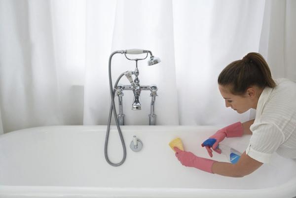 Чем отмыть ванную