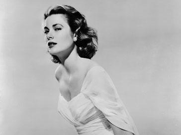 Грейс Келли удостоилась звания самой красивой представительницы королевских особ