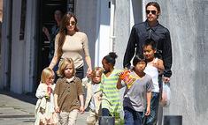 Дети Питта и Джоли просят их пожениться
