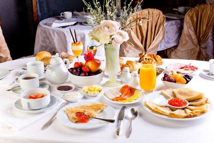 Классика жанра: завтрак в «Метрополе»