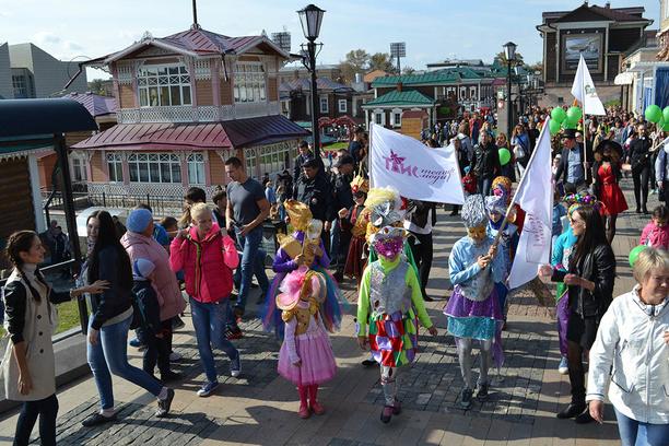 венецианский фестиваль в Иркутске