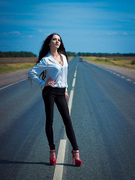 Фото длинноногие девушки киров фото 135-494