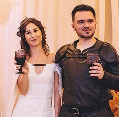 Молодожены сыграли свадьбу в стиле «Игры престолов»