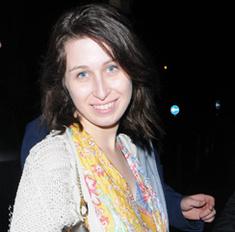 Где одевается дочь Романа Абрамовича?