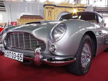 Aston Martin DB5 Джеймса Бонда (James Bond)