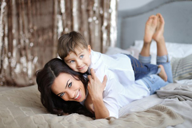 "Елена Майсурадзе, участница ""Холостяка-3"", с сыном, фото"