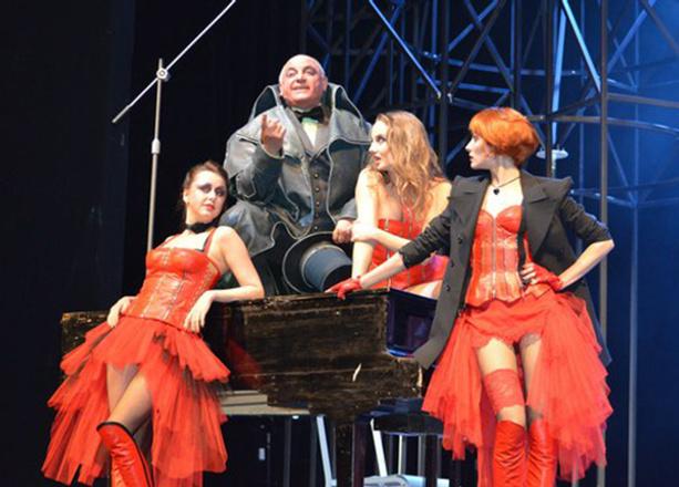 «Трехгрошевая опера», Театр драмы, фото