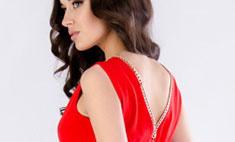 Королева бала: 10 стильных платьев на выпускной до 3000 рублей
