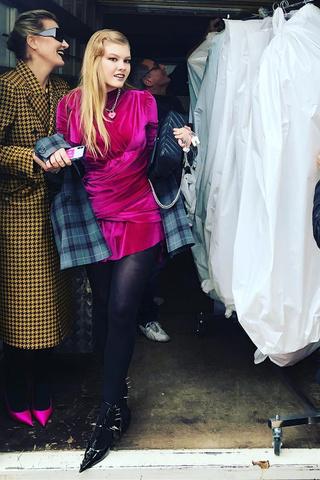 Дочь Ренаты Литвиновой затмила гостей на показе в Париже