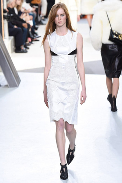 Неделя моды в Париже: показ Louis Vuitton ready-to-wear осень-зима 2015/16 | галерея [1] фото [20]