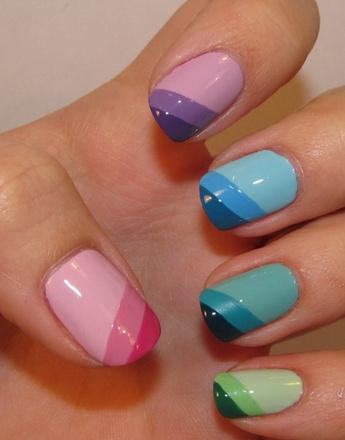 Разноцветные ногти пастельных оттенков