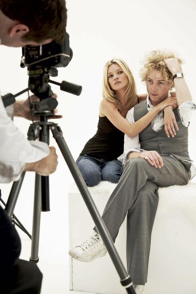 Кейт Мосс и Джеймс Браун, друг и парикмахер топ-модели.