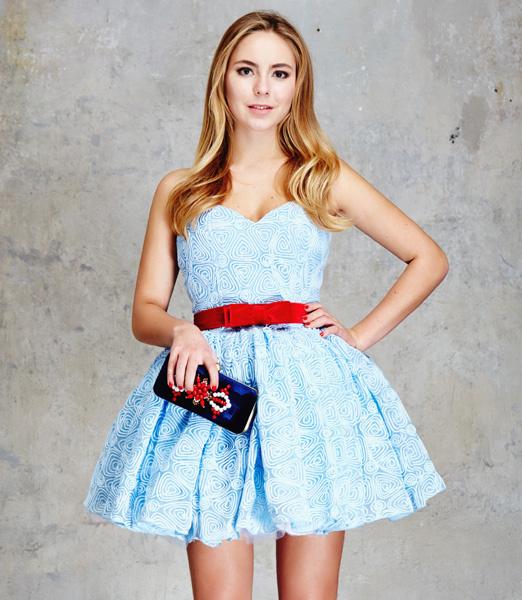 Самые красивые платья на выпускной-2016: фото