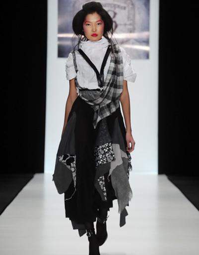 Mercedes-Benz Fashion Week: Лаборатория 13, весна-лето 2012