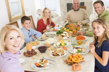 Перейти на правильное питание лучше сразу всей семьей.