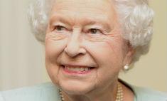 Елизавета II передумала передавать престол внуку