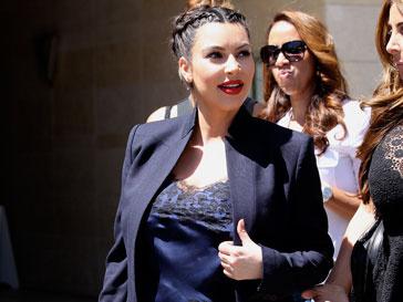 Ким Кардашьян (Kim Kardashian) теперь легко может выйти замуж за отца своего будущего ребенка Канье Уэста
