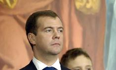 Дмитрий Медведев ужесточил наказание за задержку зарплат