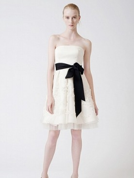 Недорогие свадебные платья от Веры Вонг | Мода на Elle.ru