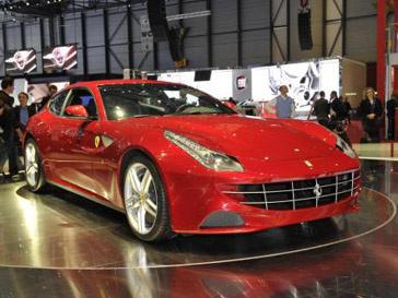 Ferrari FF стал самой ожидаемой премьерой на автосалоне в Женеве