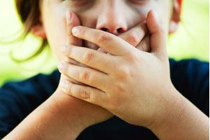 Что делать, если ребенок начал материться - психолог - Woman s Day