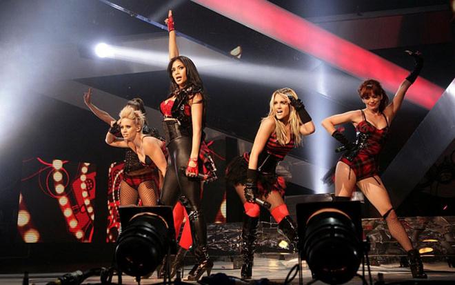 Pussycat Dolls во время выступления
