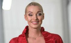 Анастасия Волочкова с трудом может петь