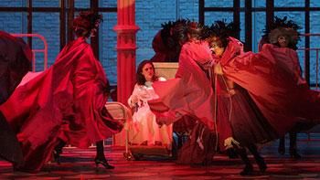 «Травиата» Джузепе Верди в постановке Франчески Замбелло