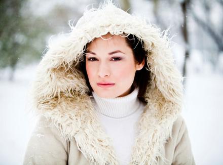 Женщина на морозе