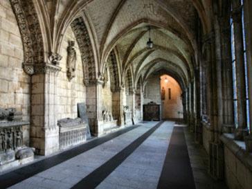 Похищенные произведения искусства обнаружили испанские полицейские