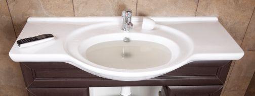 как устранить засор в ванной подручными средствами