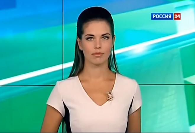 Российские телеведущие без одежды