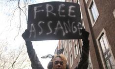 Джулиана Ассанжа выпустили на свободу