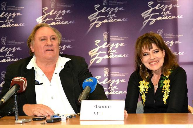 Жерар Депардье и Фанни Ардан в Иркутске