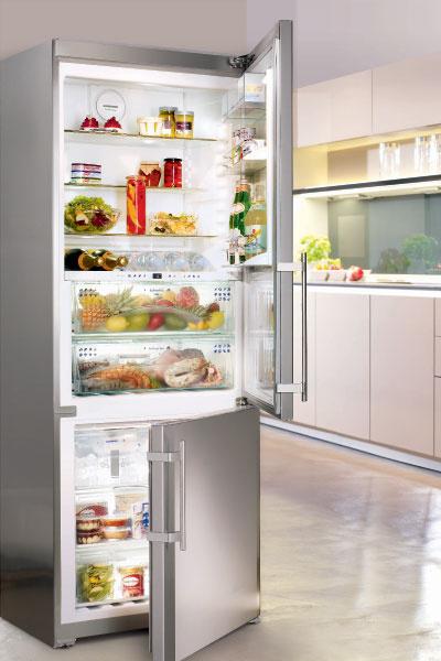 Вместительный (422 л) холодильник премиум-класса с нижней морозильной камерой CBNes 5167 (Liebherr), 127 000 руб.
