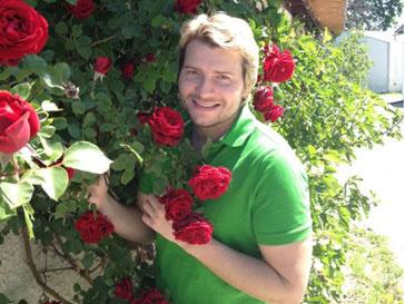 """""""Я люблю тебя, жизнь, и надеюсь, что это взаимно"""", - написал Николай Басков в """"Твиттере"""""""