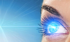 Поменять цвет глаз можно хирургическим путем