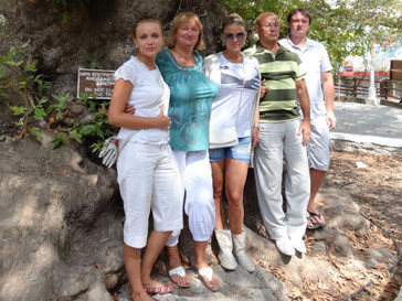 Анна Семенович с семьей