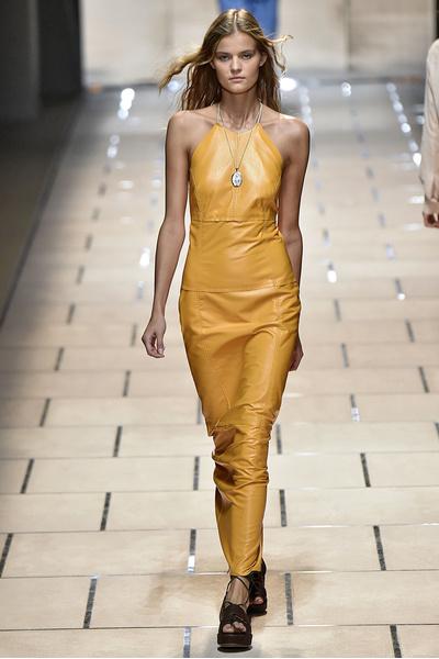 50 лучших платьев Недели моды в Милане | галерея [1] фото [28]