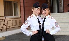Всегда в форме: самые красивые девушки-полицейские Самары