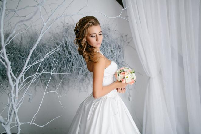 соревнования по метанию букета невесты