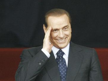 Сильвио Берлускони (Silvio Berlusconi) сказал, что просто помогает девушкам деньгами