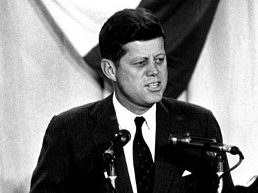 Джон Кеннеди (John Kennedy) был застрелен в 1963 году