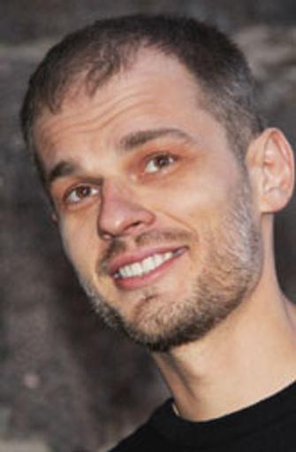 Павел Руминов, режиссер и сценарист, получил приз зрительских симпатий Фестиваля «Московская премьера» за картину «Ключевое действие» (2004) и главный приз «Кинотавра» за фильм «Я буду рядом» (2012).