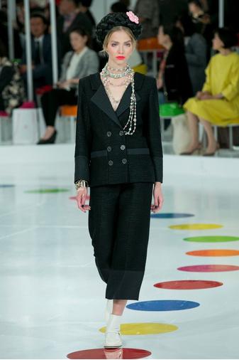 Показ круизной коллекции Chanel в Сеуле | галерея [1] фото [27]